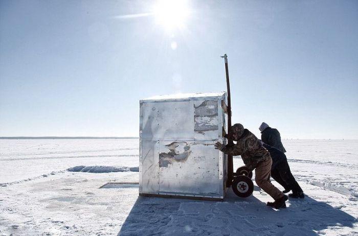 Опасная ловля осетра в Висконсине (8 фото)