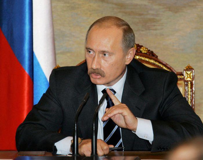 Необычный сайт фанатов Путина с усами (43 фото)