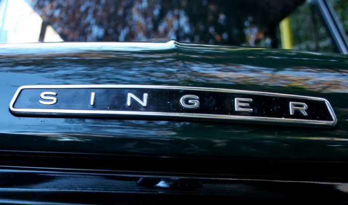 Эмблемы и логотипов ретро автомобилей (159 фото)