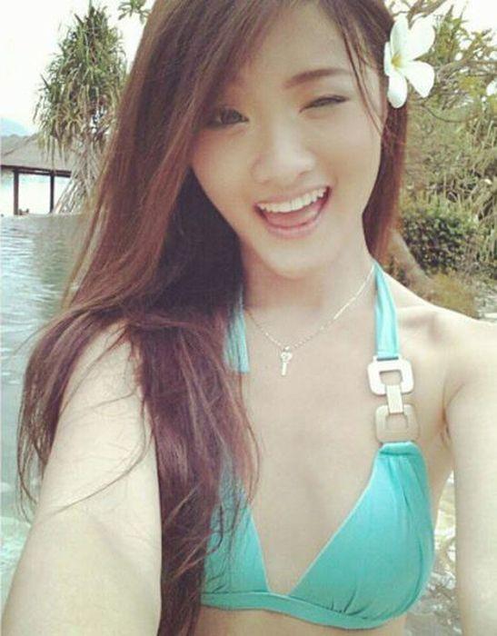 Симпатичные азиатки любят позировать (54 фото)