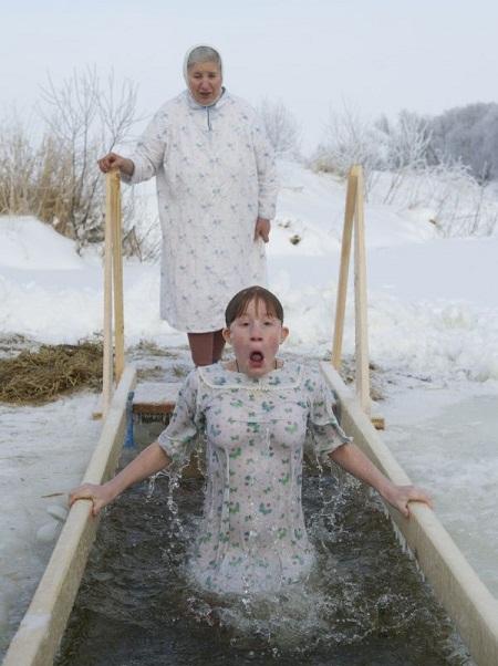 Лучшие фотографии года российских авторов.  Самые яркие фотографии о жизни в России.